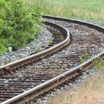 track-930105_960_720
