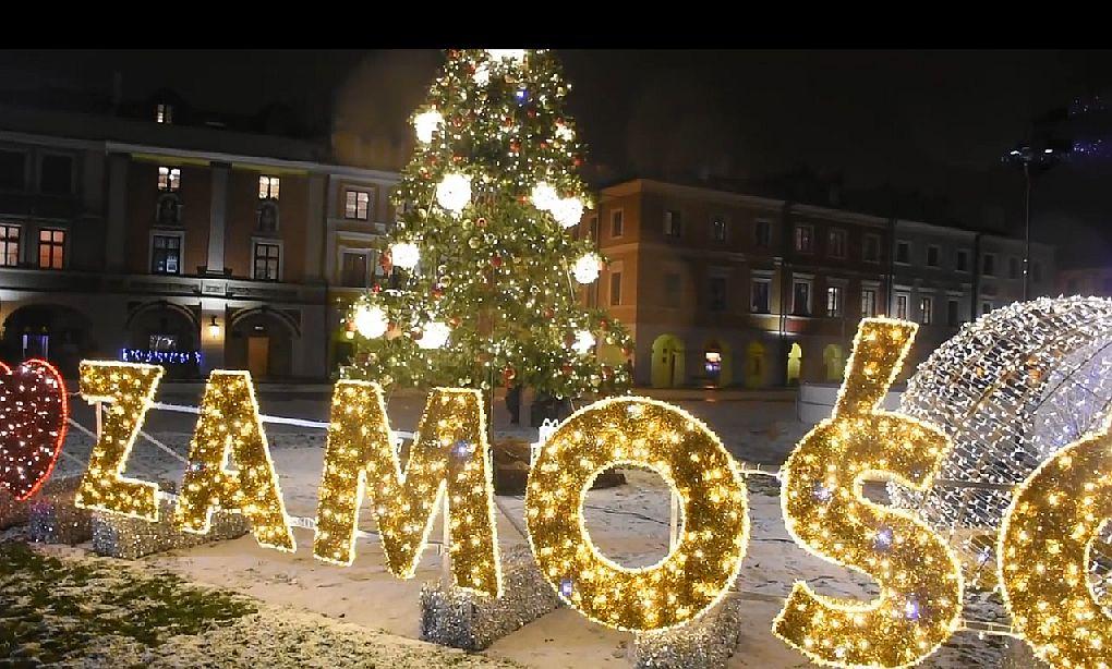 W Zamościu Uruchomiono świąteczną Iluminację Przyciąga I