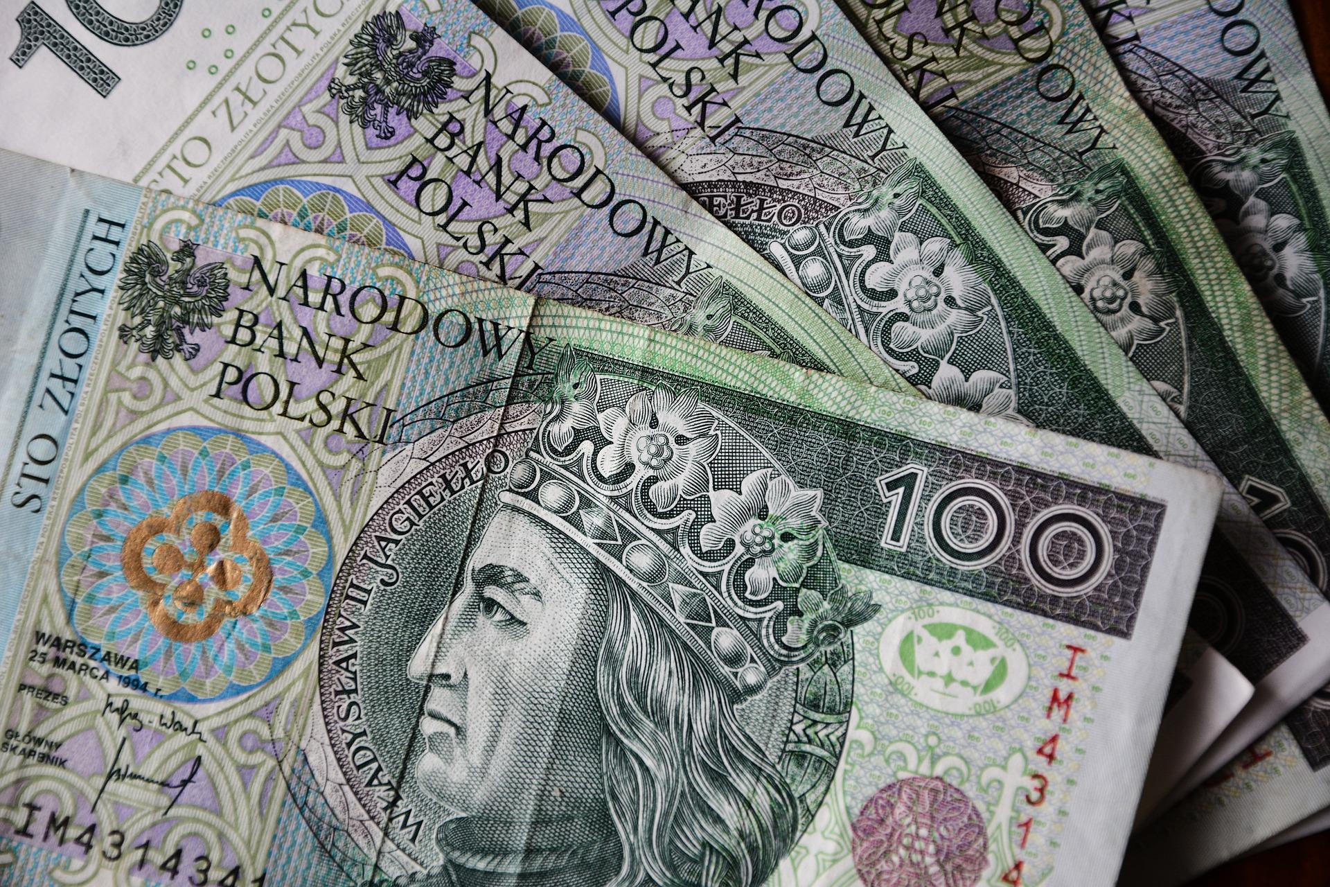 euro-banknotes-3212757_1920