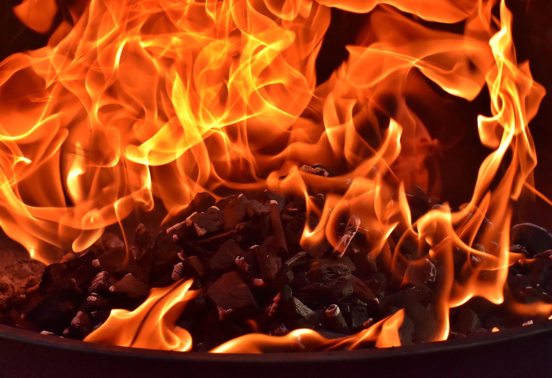 fire-3358353_1920