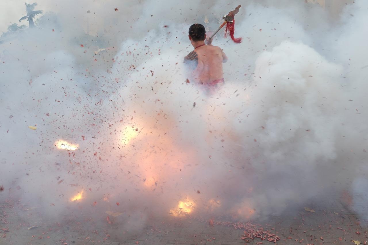 firecracker-2229244_1280