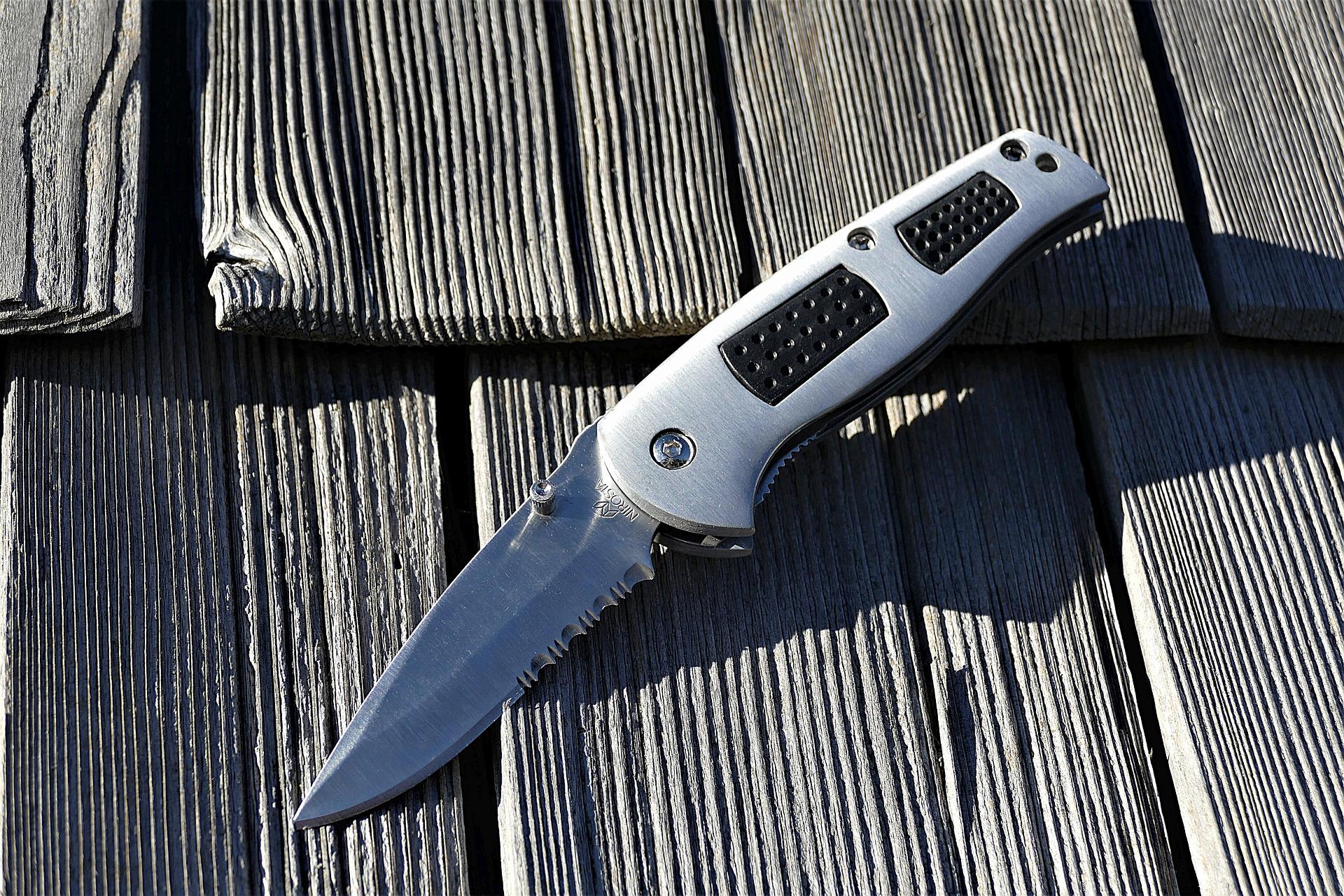 jackknife-2881117_1920