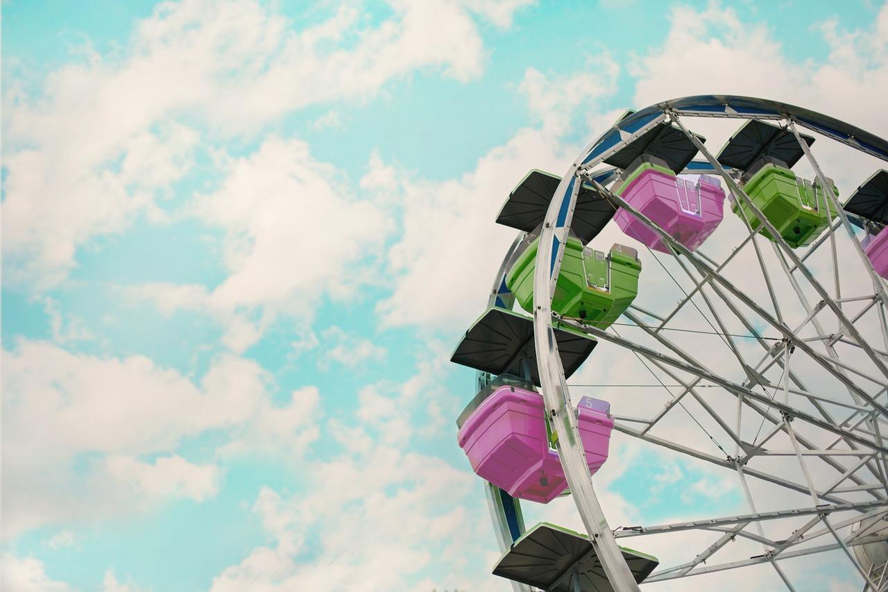 carnival-2456901_1280